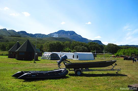 Лагерь на Курильском озере